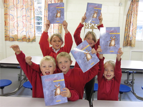 Primary School pupils learning Classics with MInimus
